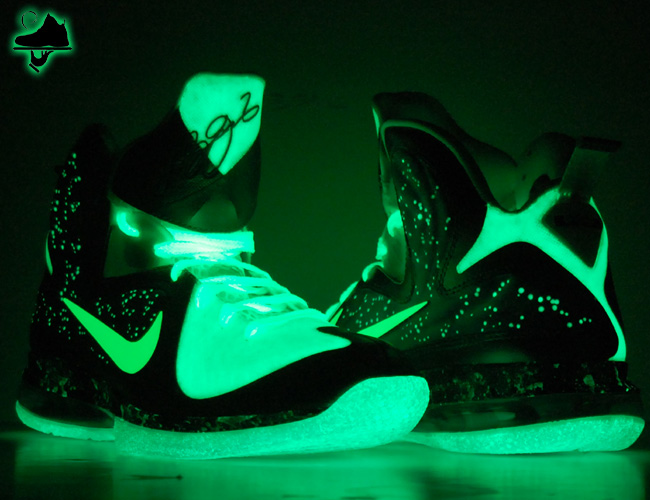"e93ed1a6f32 Custom ""Brightest Galaxy"" LeBron 9 Foamposite Limited to 6 Pair"