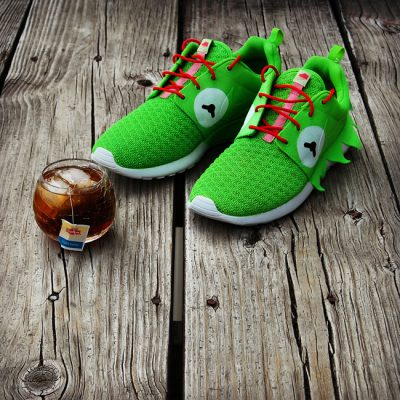 "Custom ""Kermit Meme"" Roshe Run by GourmetKickz 