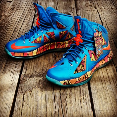 "Send in Your WindChill LeBron X (10) for a Custom ""Orient Xpress"" 