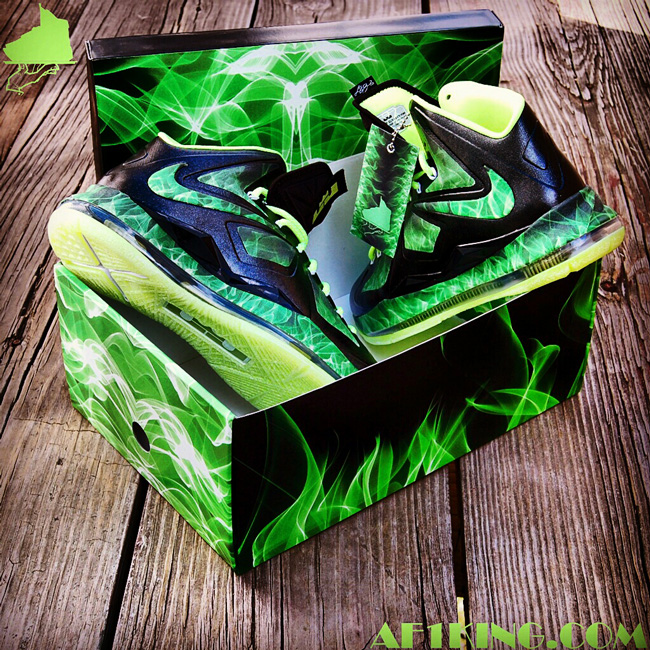 brand new 3aa1f 84bb9 Lebron 9,10 Customs - SneakerSweeteners