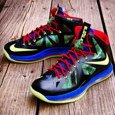 "Custom LeBron X (10) ""SuperMan VS. Kryptonite"" by GourmetKickz"