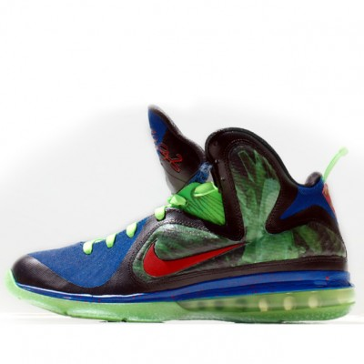 "Custom ""Superman"" LeBron 9 by GourmetKickz 